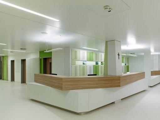 "<span class=""under"">DRK Krankenhaus Saarlouis</span><br> Neubau Intensivstation"