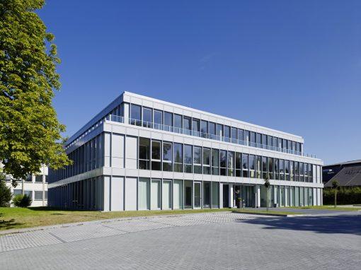 """<span class=""""under"""">Ärztehaus Mayen</span><br> Neubau"""
