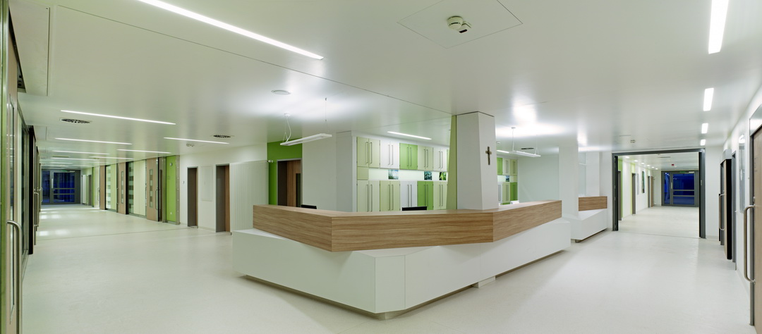 drk krankenhaus saarlouis neubau intensivstation architekten bda naujack rind hof koblenz. Black Bedroom Furniture Sets. Home Design Ideas